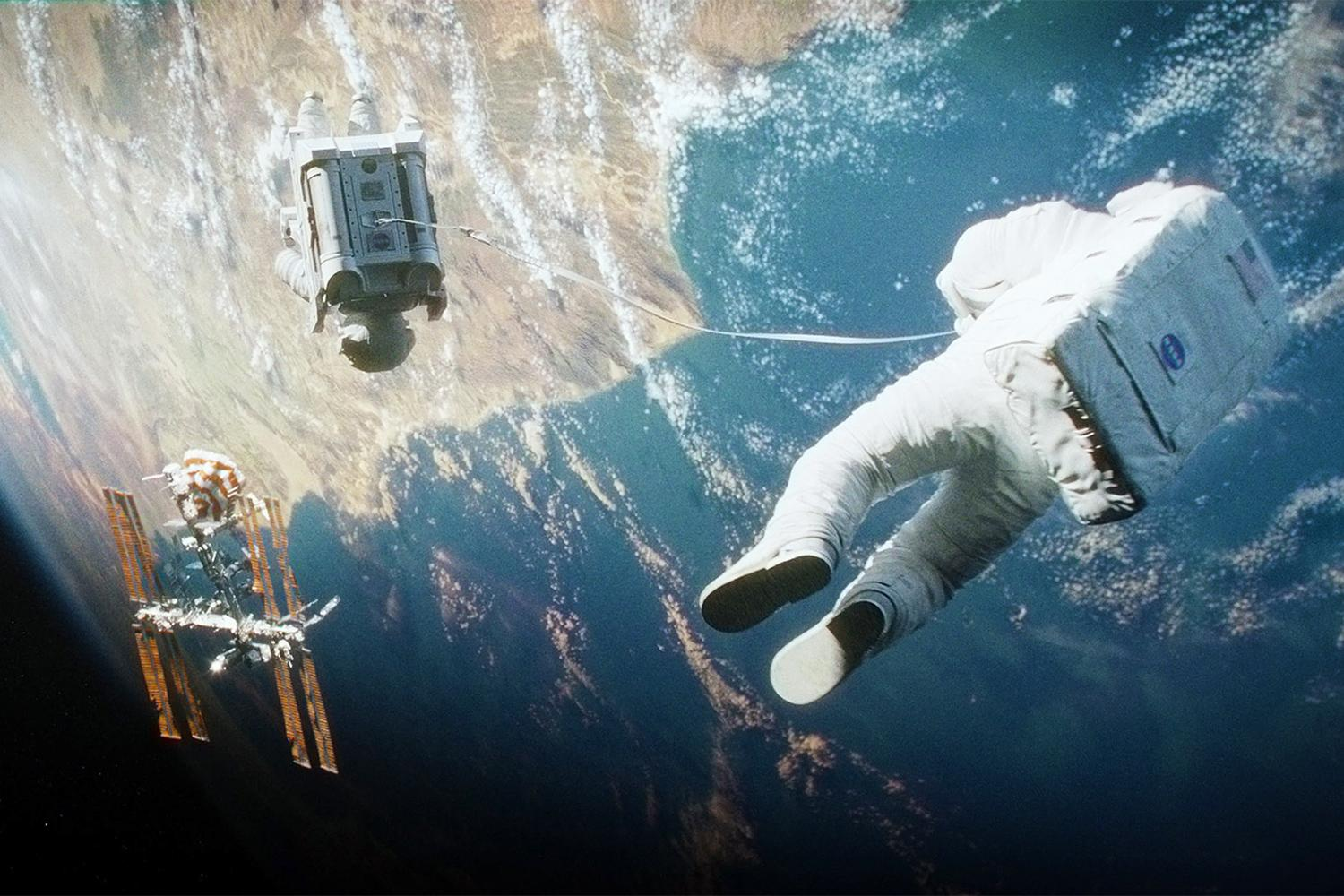 gravity-movie-space