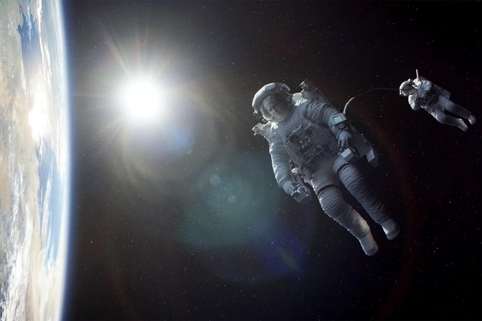 gravity-movie-review-earth