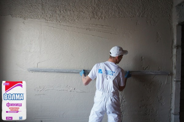 Оштукатуривание стен своими руками гипсовой штукатуркой