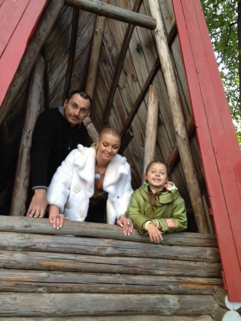 Анастасию Волочкову жестоко разыгрыла Ксения Собчак