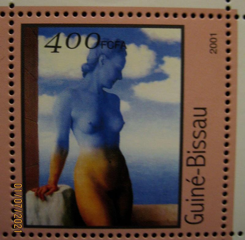 На одной из марок кляйнбогена Гвинеи-Бисау 2001г., номиналом — 400 fr Михель №1686 репродукция с картины «Черная магия» Рене Магритт