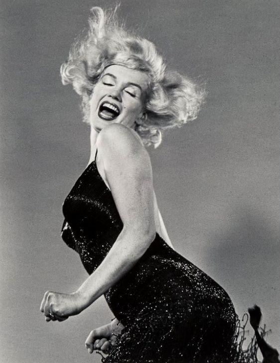 Филипп Халсман Мэрилин прыгает , 1954 год.