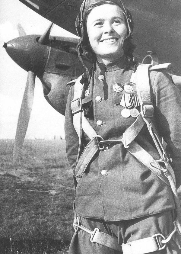 Всего за время войны гвардии капитан Долина произвела 72 успешных боевых вылета, сбросила на объекты противника 45 тонн бомб, и сбила 3 самолета противника.