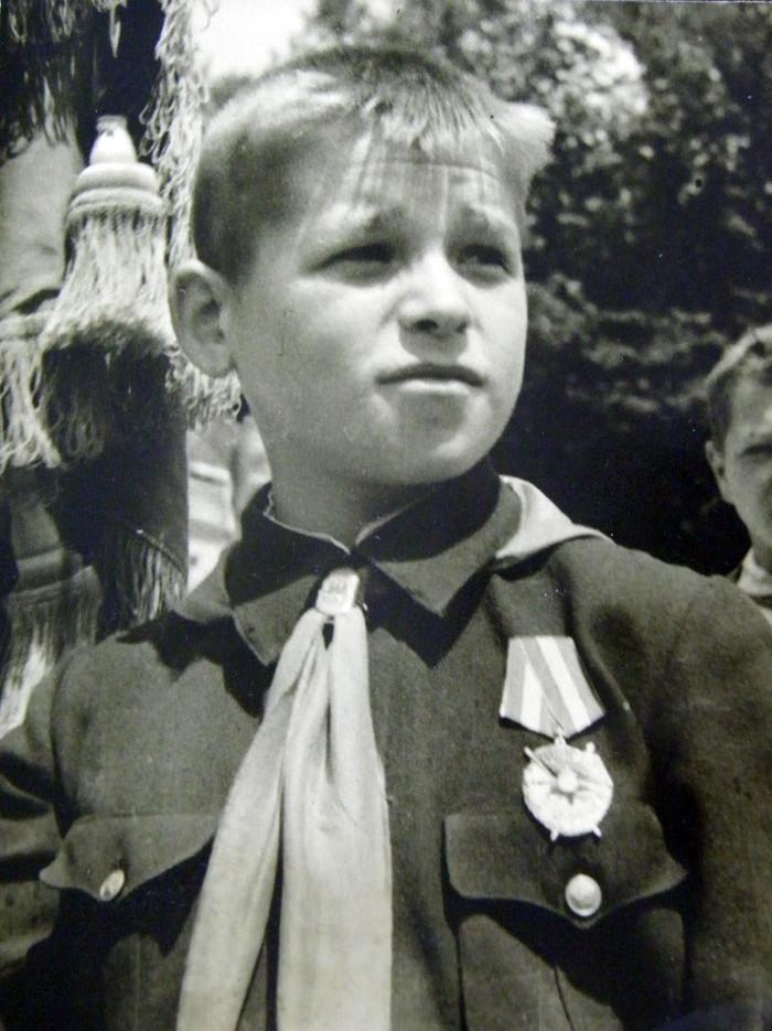 Костя Кравчук — самый юный кавалер ордена Красного Знамени в Советском Союзе.