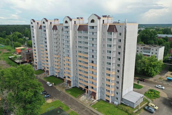 Главный приз — трехкомнатная квартира площадью 74,9 кв. м в ЖК «Новая пролетарка», который расположен в Серпухове.