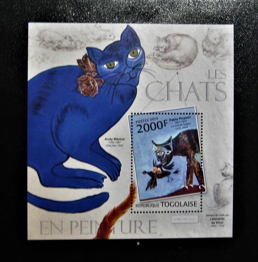 Блок Того 2013-01-01, на тему Изобразительное искусство с названием « Картины с кошками».  №Mi:TG BL763 с картиной Пабло Пикассо — «Кошка схватившая птицу»  номиналом — 2 000 CFA