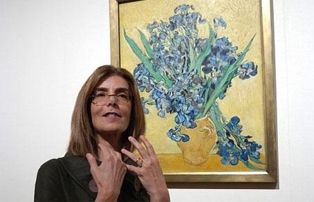 Сюзан Стайн - куратор выставки «Van Gogh: Irises and Roses» в музее Метрополитен. Фото Getty Images