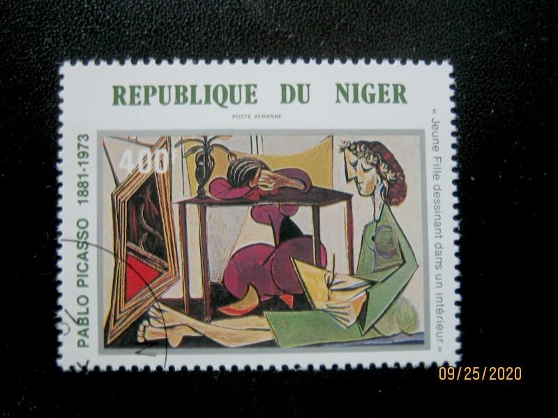 Марка - 400 фр. — «Интерьер с рисующей девушкой» Пабло Пикассо (1935) Нигер