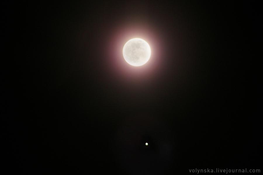Луна и Юпитер 11 апреля 2017 года.