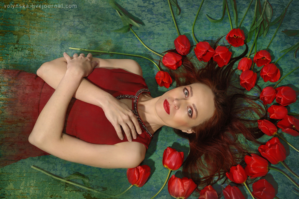 Фотосессия с тюльпанами. Вероника Волынская.