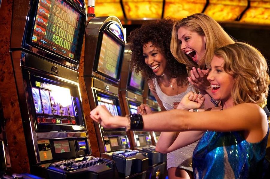 Игровые автоматы с фан деньгами ввод ключей в голден интерстар