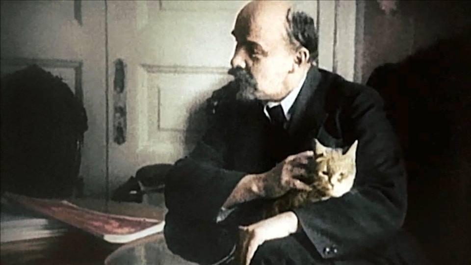Lenin s kotikom 2