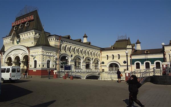 vorona24: Ж/д вокзал Владивостока - памятник архитектуры ...