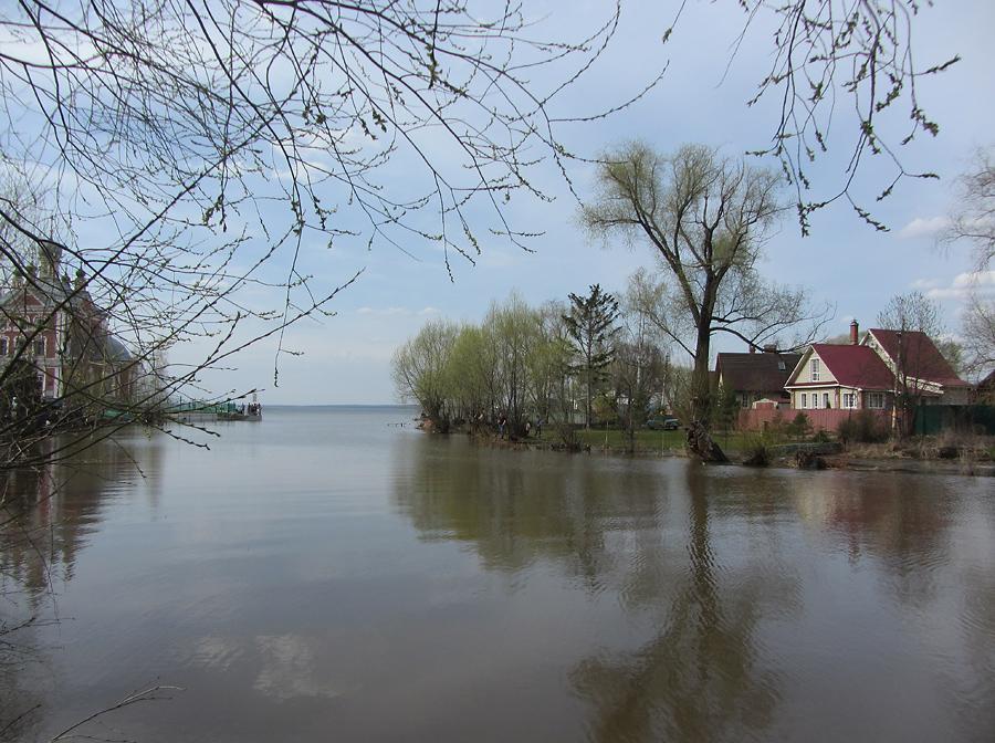 Устье и озеро
