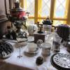 Музей чайника. Стол у окна