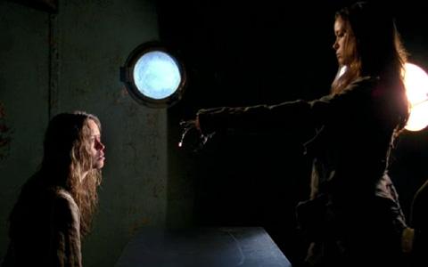 Allison and Cameron, 2x04