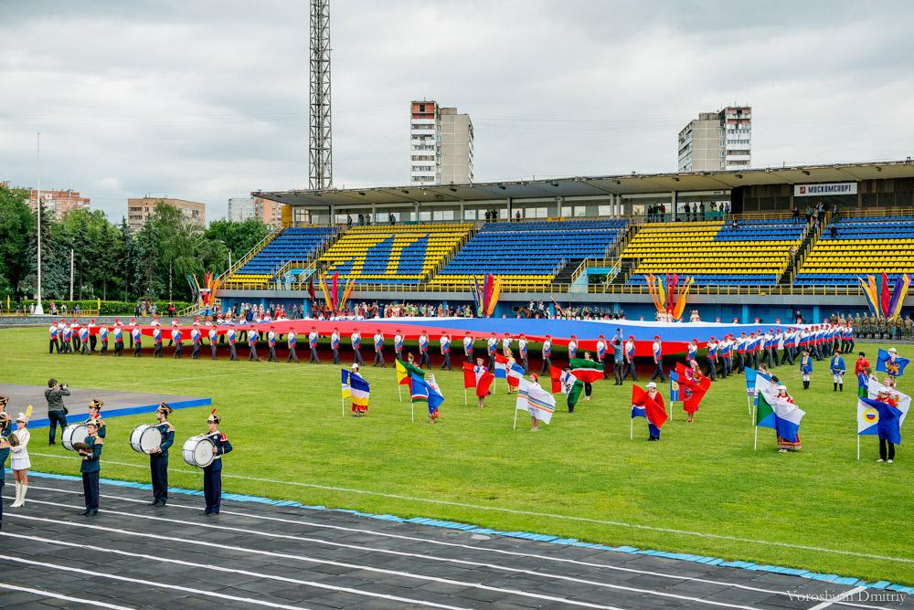 2014-06-11 Самый большой флаг России-99