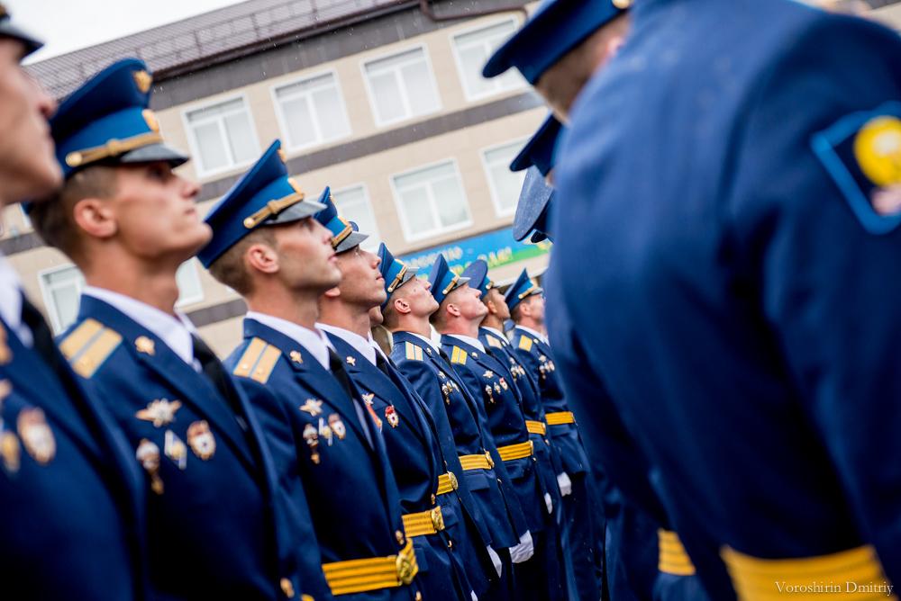 фото парадная форма офицеров вдв ним