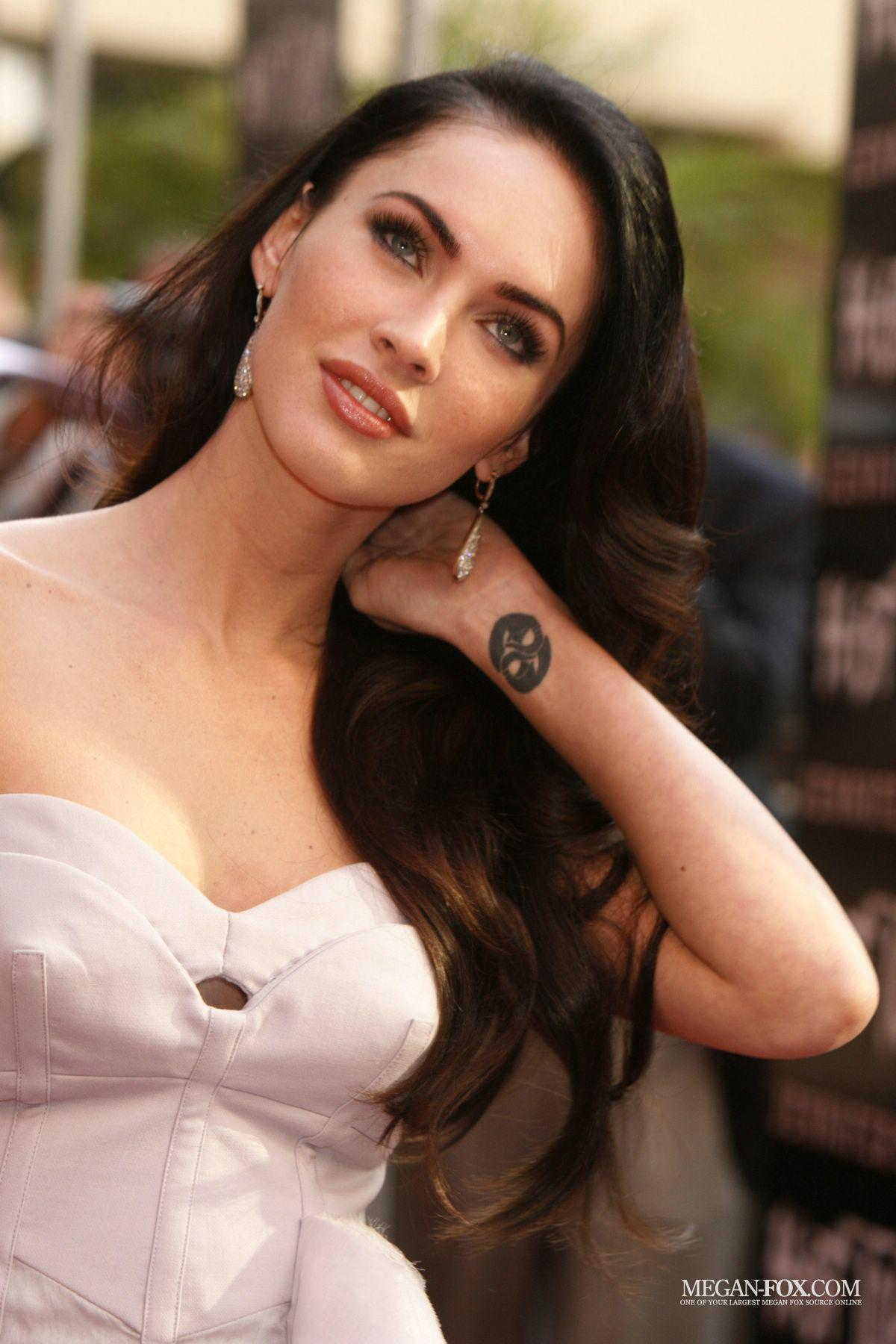 Megan Fox Jennifer S Body Hot Topic Fan Event 09 16