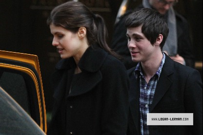 "logan lerman dating Logan lerman gets a lot of fond memories whenever the song ""come on eileen"" comes on – and it's all because of the perks of being a wallflower if you remember, that was the song that was playing during the school dance and it's something he'll always associate with emma watson and ezra miller."