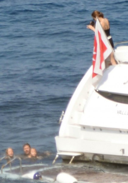 jolie-pitt-malta-honeymoon19