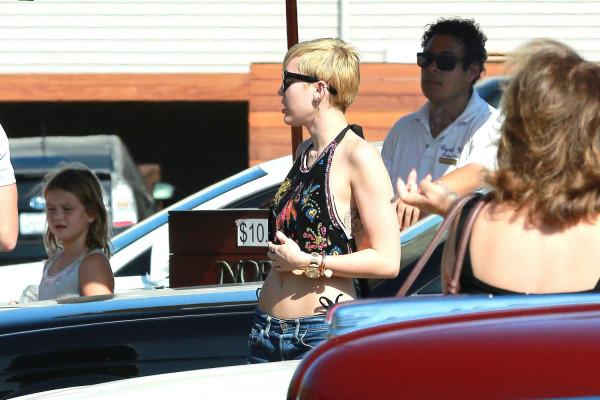 Miley-cyrus-malibu24