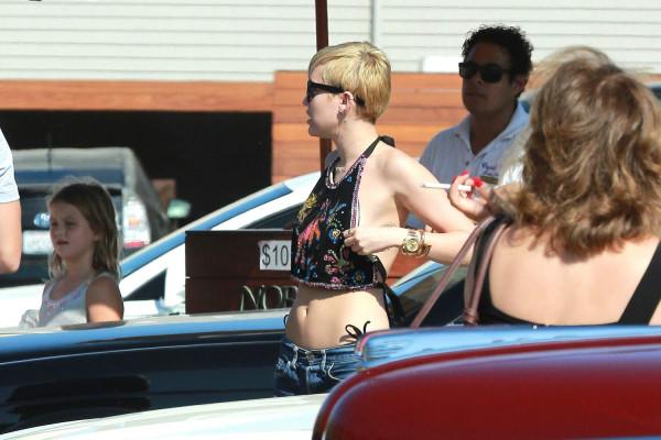 Miley-cyrus-malibu25