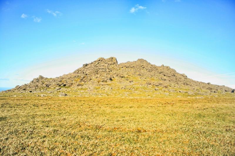 Скалы на Иовском плато