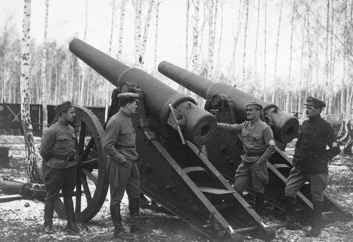 6-дюймовые пушки образца 1877 года были на вооружении дореволюционной России, а также позволили  Красной Армии защитить Москву в 1941