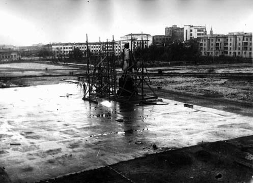 Сооружение-памятника-В-В-Куйбышеву-1937-г