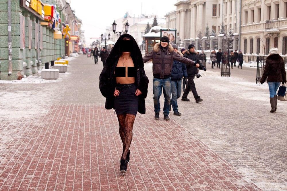 Уличная проститутка реальное видео