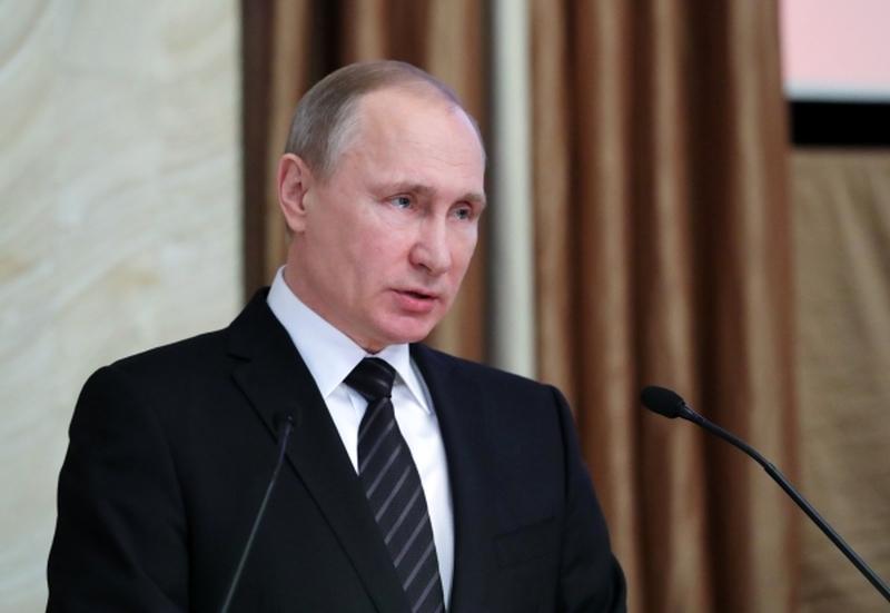Владимир Путин выразил соболезнования родным и близким Виталия Чуркина