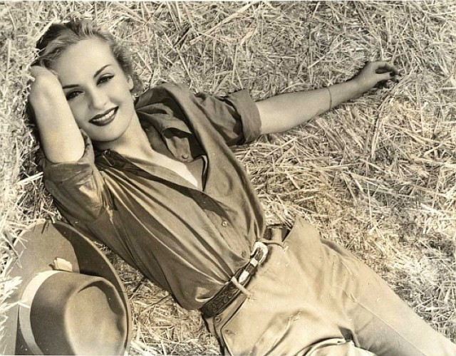 How old was carole lombard when she died