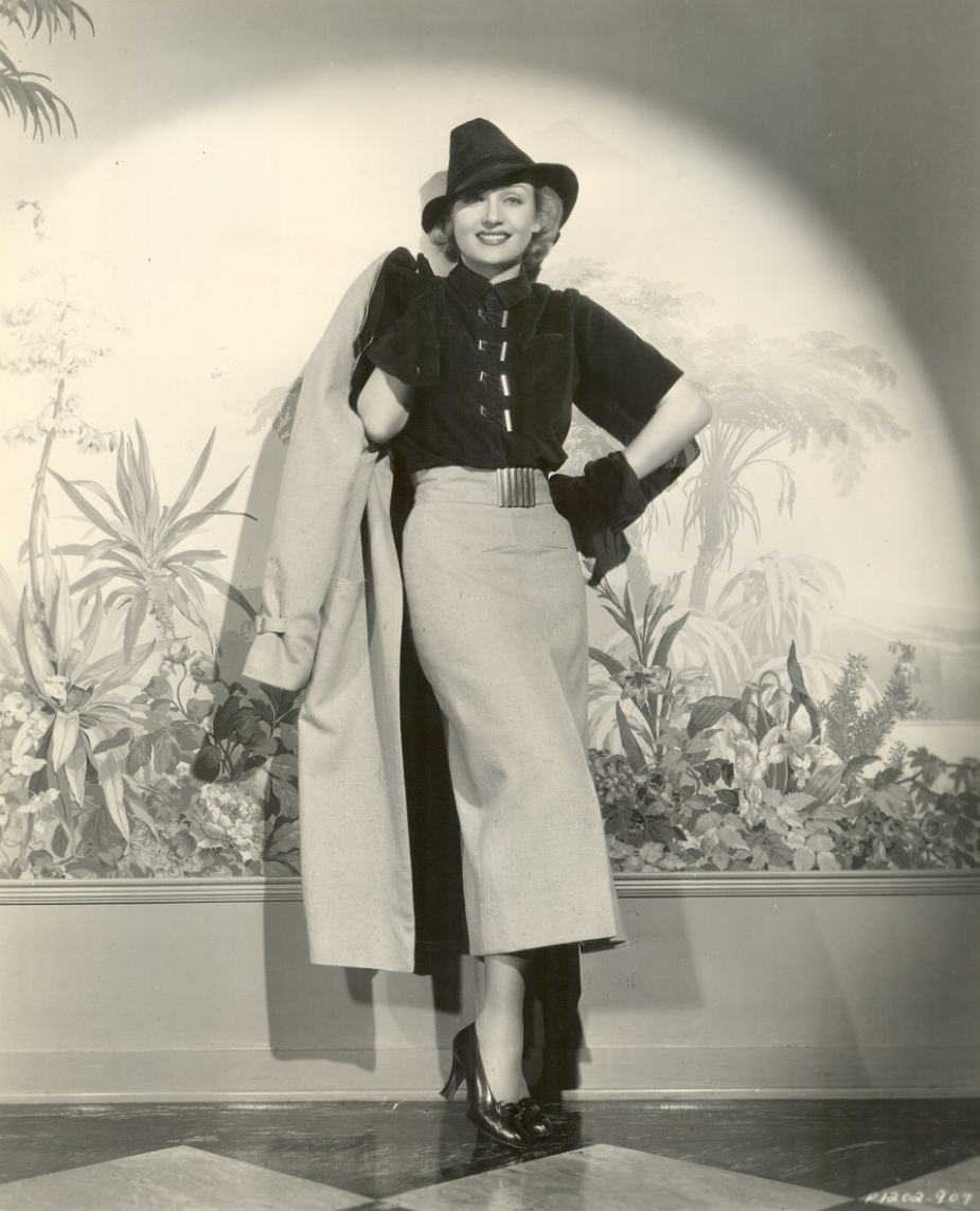 carole lombard p1202-907a front