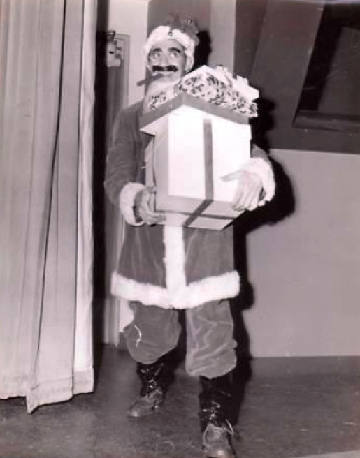 christmas groucho marx 00a