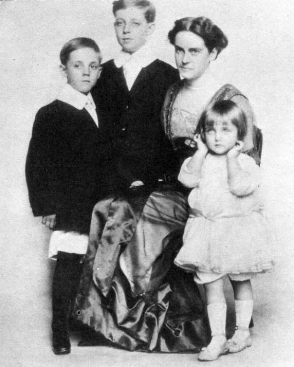 carole lombard as child with peters family 00a