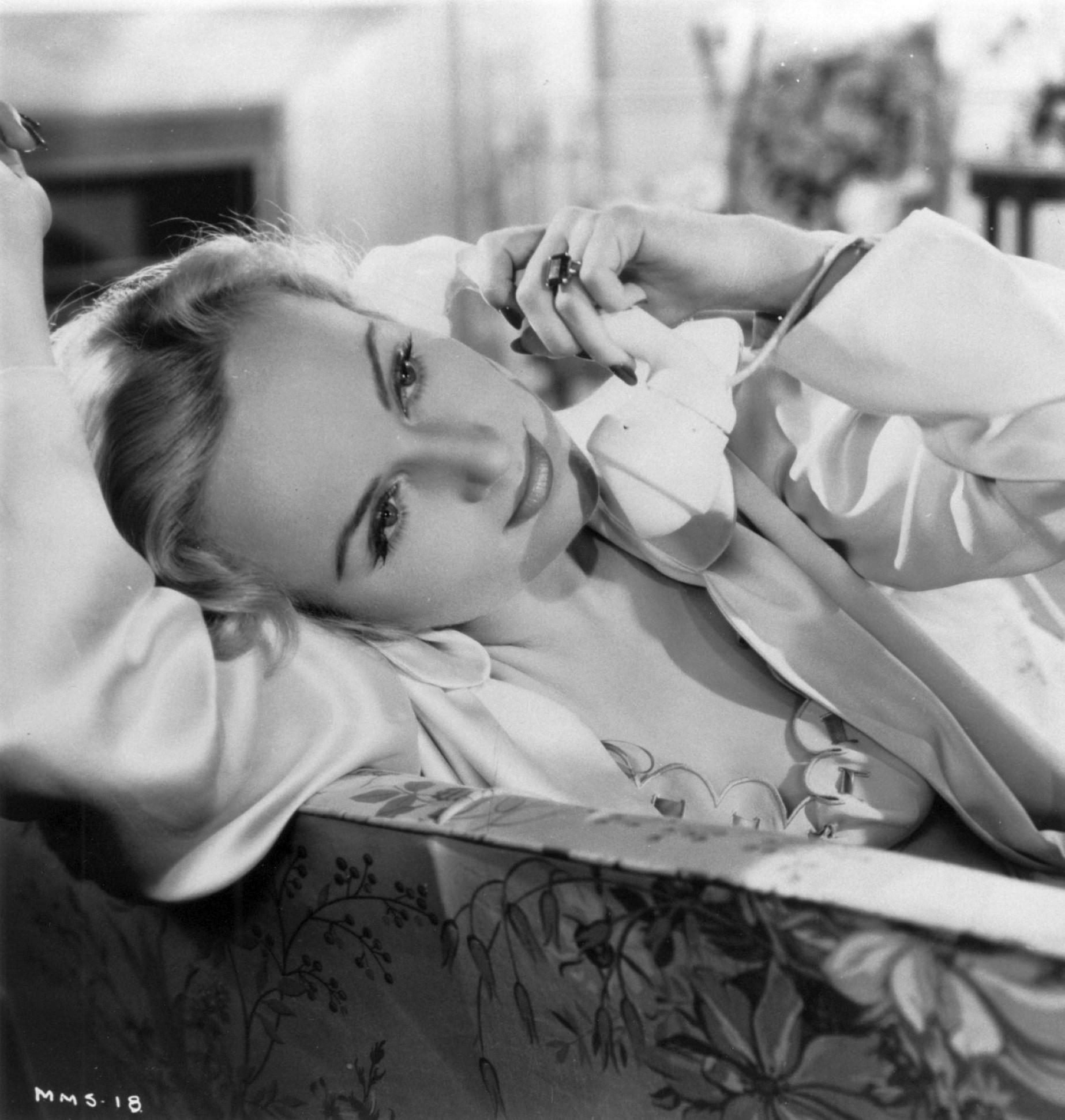 carole lombard mr. & mrs. smith 79a