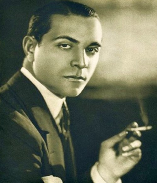 taking his place in '28 is the suave, yet smarmy Ricardo Cortez: