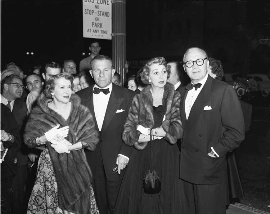 columbia square 1952a george burns gracie allen jack benny mary linvingstone