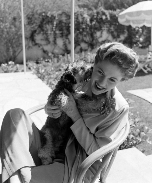 joan fontaine 01