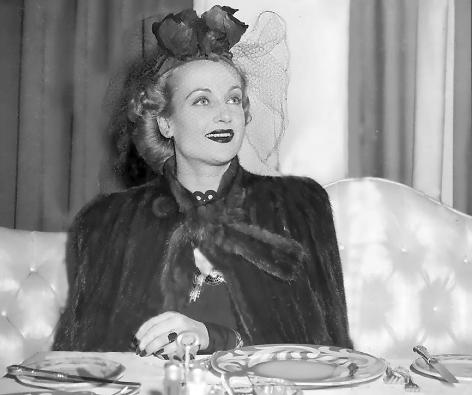 carole lombard 011442d chicago dining