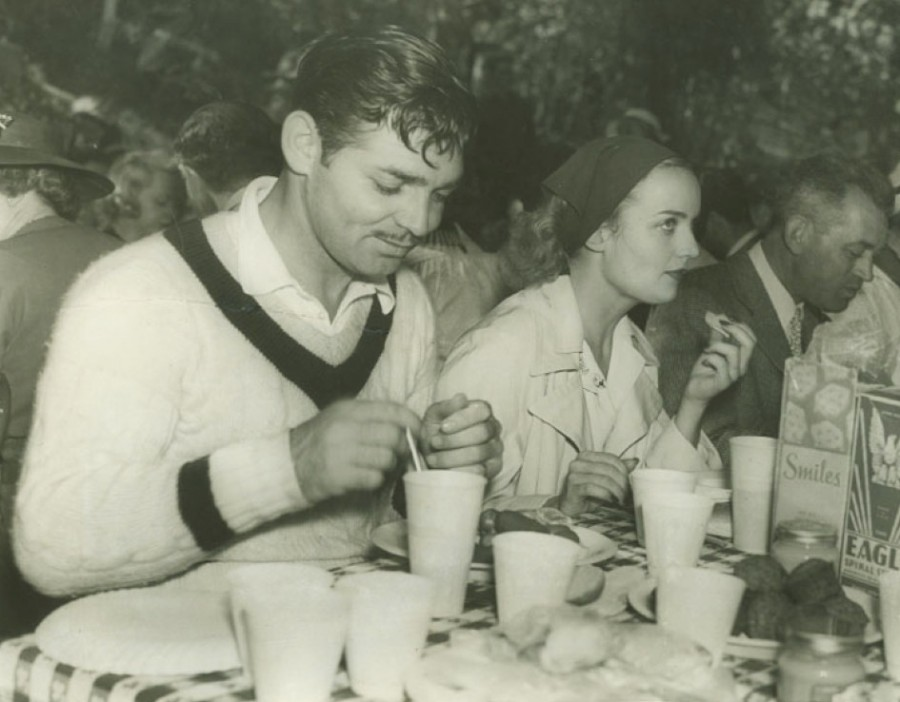 carole lombard clark gable 1939 mgm picnic 00a
