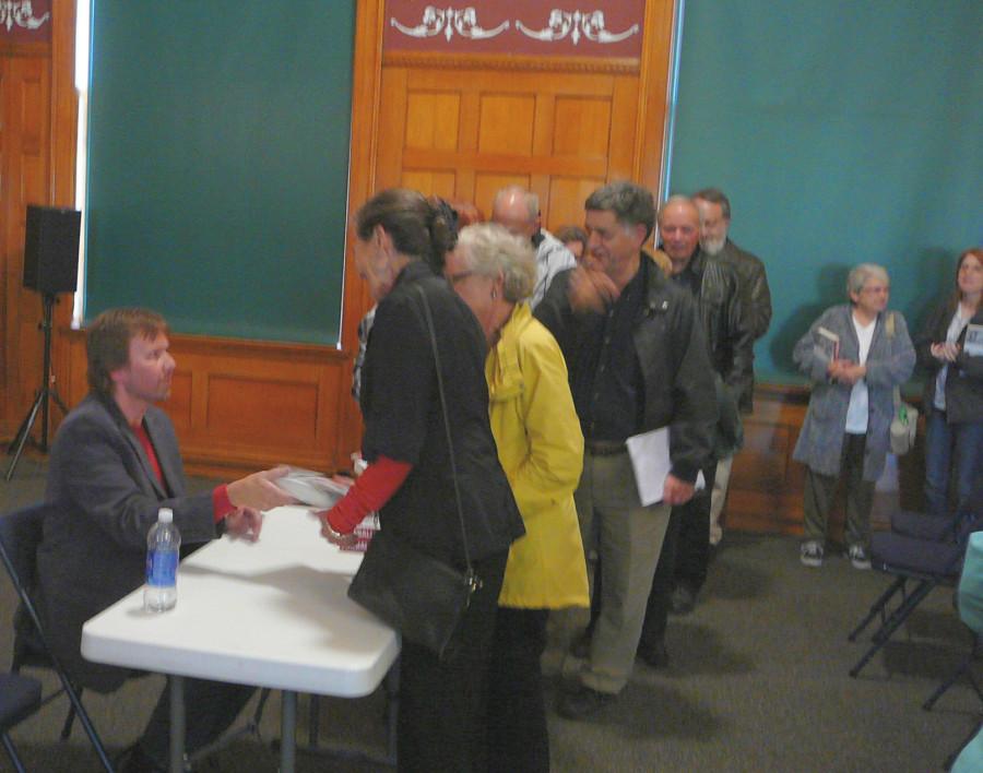 carole lombard fort wayne 100514 robert matzen signing books 01a
