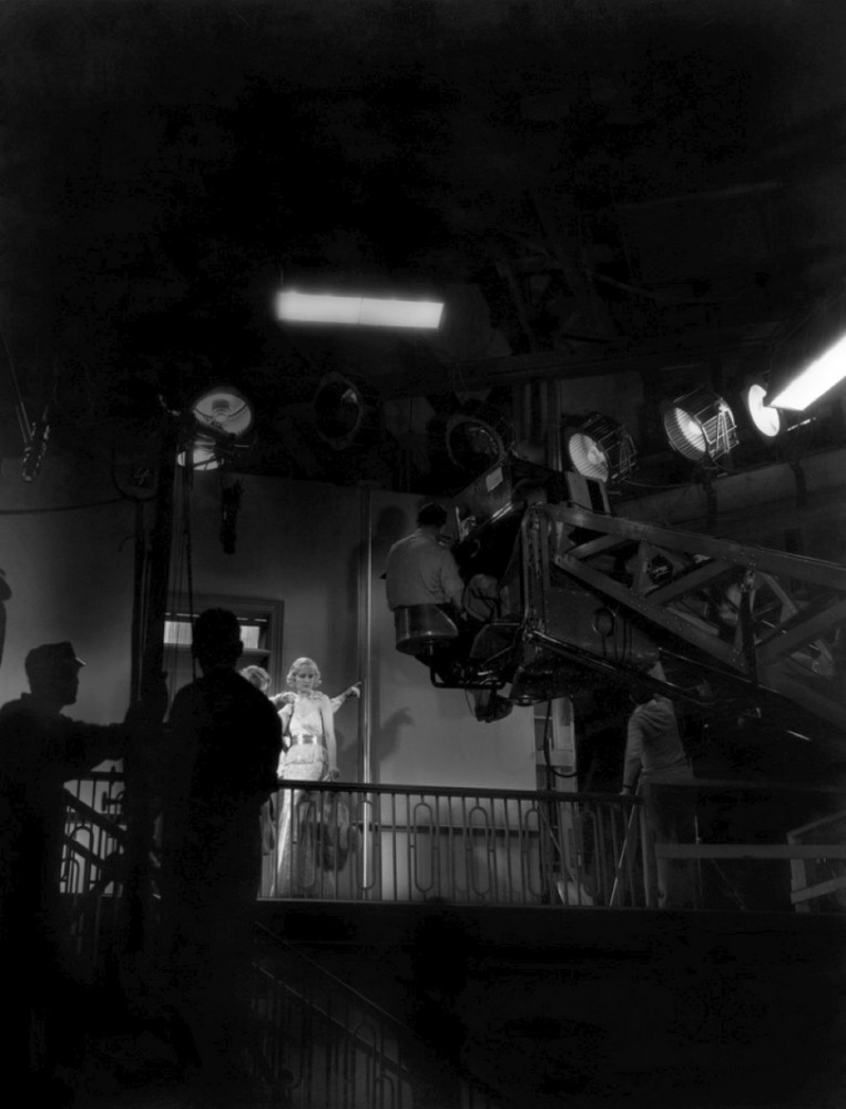 carole lombard sinners in the sun on set larger