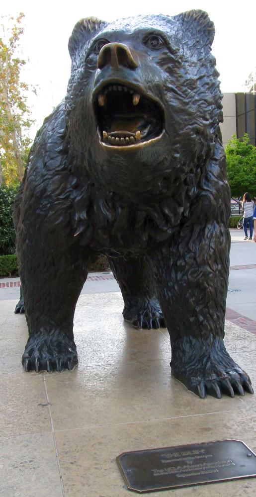 ucla 030415 bruin statue 00a