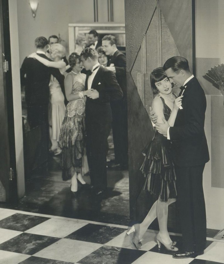 colleen moore why be good jean harlow in background 00