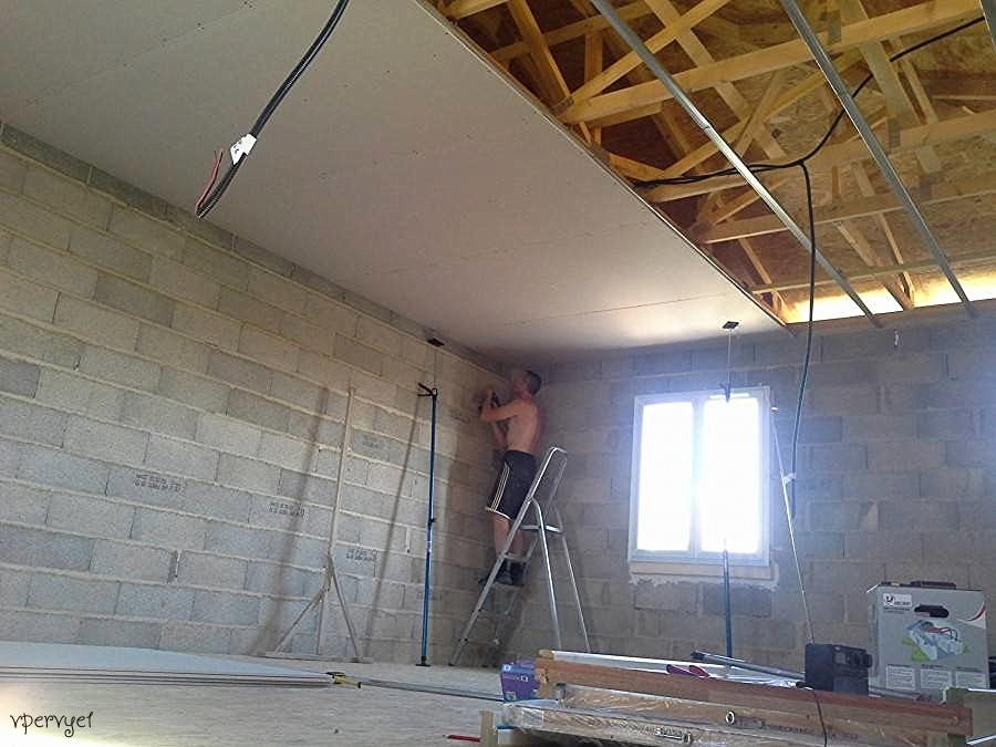 гипсокартон на потолок без профиля