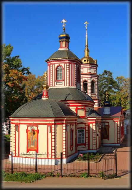 Храм в Алтуфьево Воздвижение креста Господня