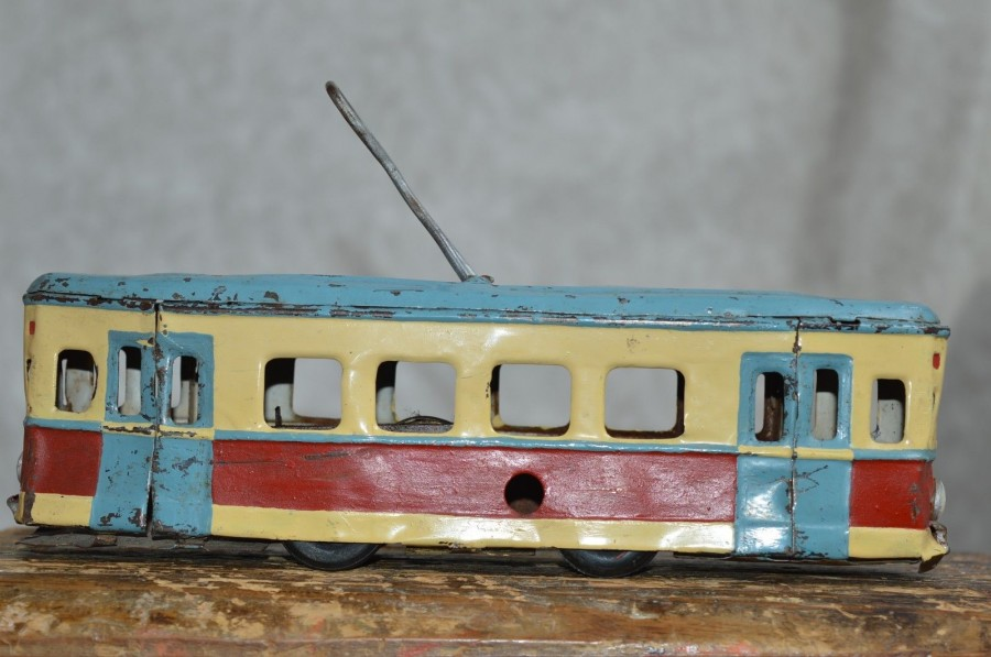 tram toy