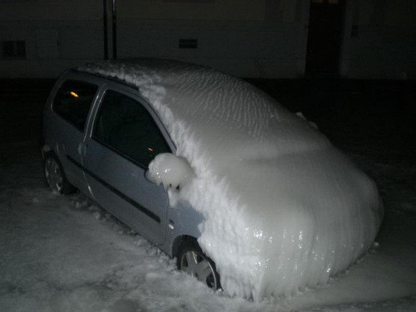 frozen_cars_04